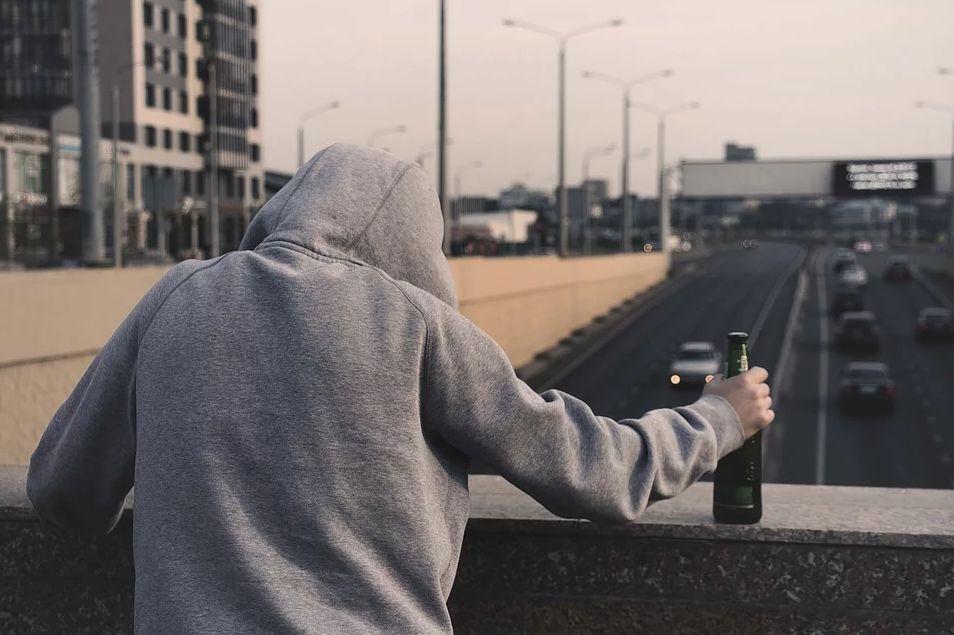 alkoholizm mężczyzn wynikający z kastracji emocji
